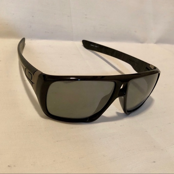 5839b4739a usa oakley dispatch sunglasses light 9832a 499d7